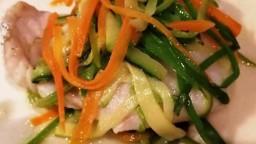 Lluç amb papillota de verdures/hortalisses