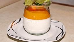 Panna cotta amb l'herba de llimona i salsa de mango