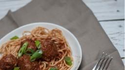 Espagueti amb Mandonguilles al xili