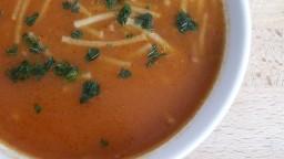 Sopa de fideus fregits amb tomàquet
