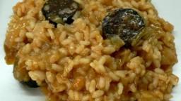 Arròs de botifarra negra i salsa de romesco