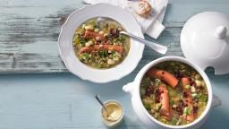 Guisat de pèsols, verdures i cansalada, recepta de l'exèrcit Suïs